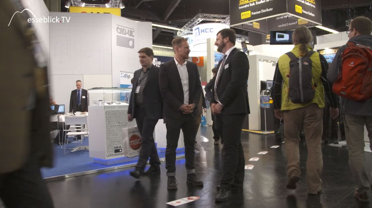 Benedikt Weyerer im Gespräch mit Moderator Klas Bömecke - embedded world 2016 Nürnberg