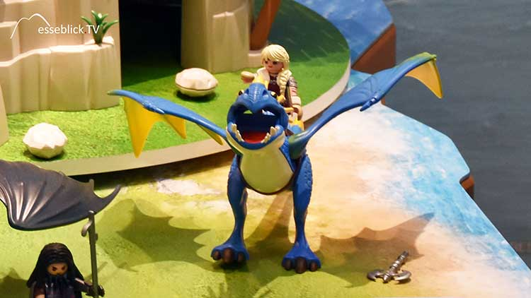 Playmobil Dragons - Astrid mit Sturmpfeil