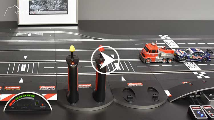 Carrera DIGITAL 132 Autorennbahn • Messeblick.TV