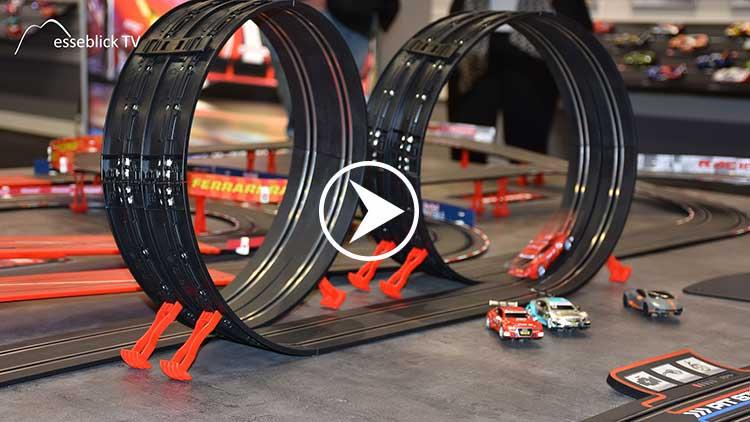 Carrera GO!!! Autorennbahn • Messeblick.TV