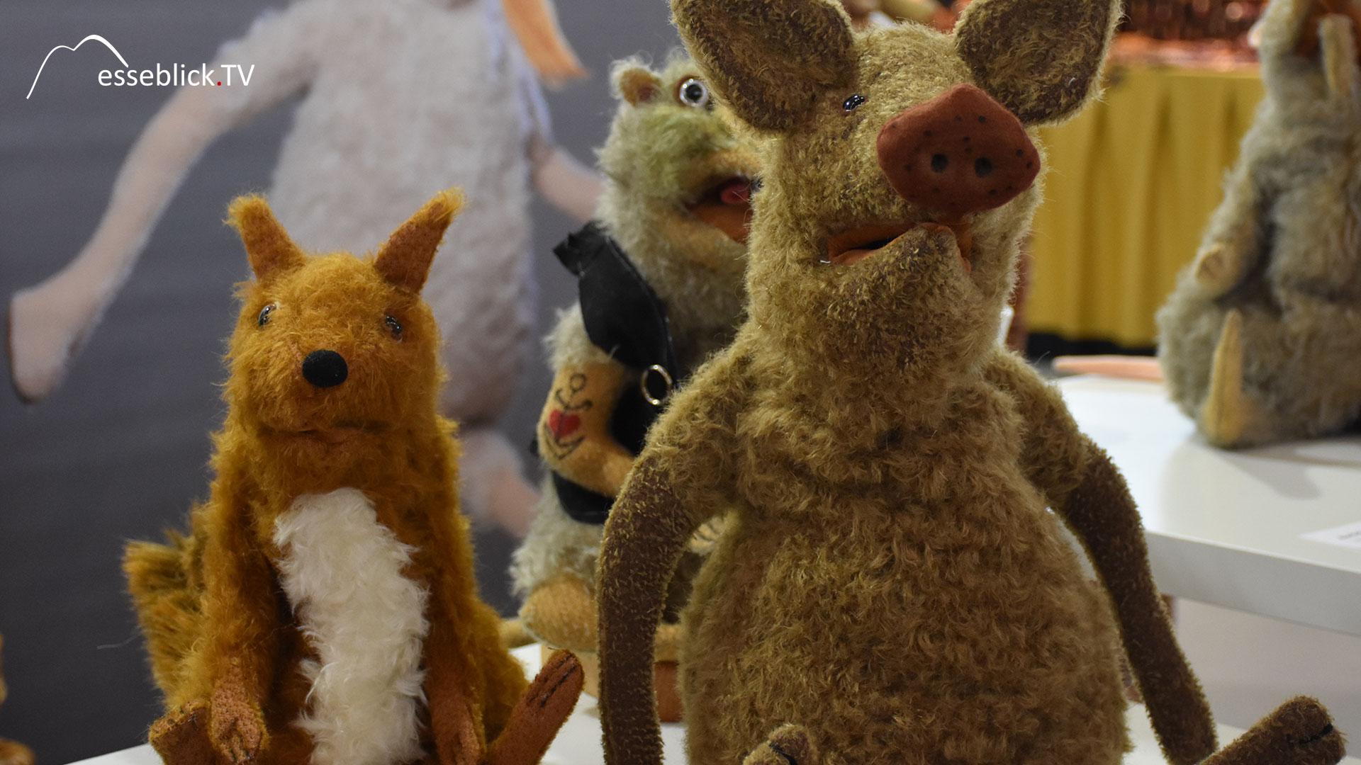 Theaterpuppen Wildschwein & Eichhörnchen