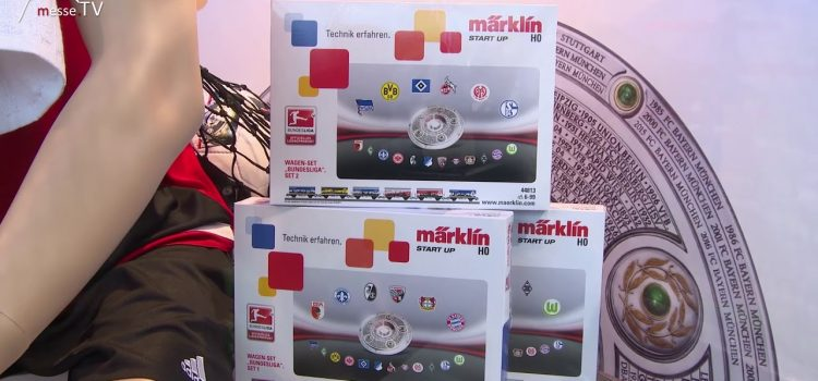 Märklin Wagons mit Bundesligavereinen