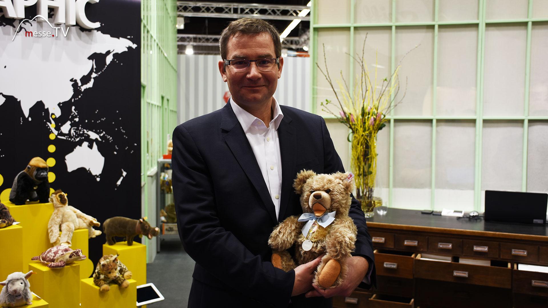 Steiff - Peter Hotz mit Bär Zotty
