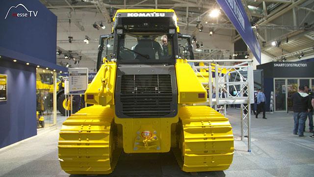 KOMATSU Bulldozer D61PX-24 Rückansicht