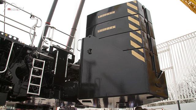 LIEBHERR Mobilkran LTM 1650 8.1 hydraulisch verstellbares Gegengewicht
