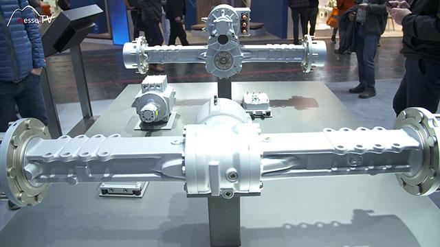 ZF Friedrichshafen elektrifizierter Antriebsstrang Kompaktlader