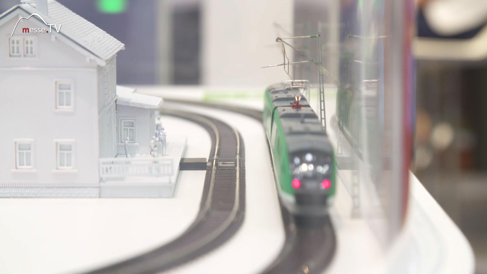 DB Netze: Akkuzug Deutsche Bahn Messe München