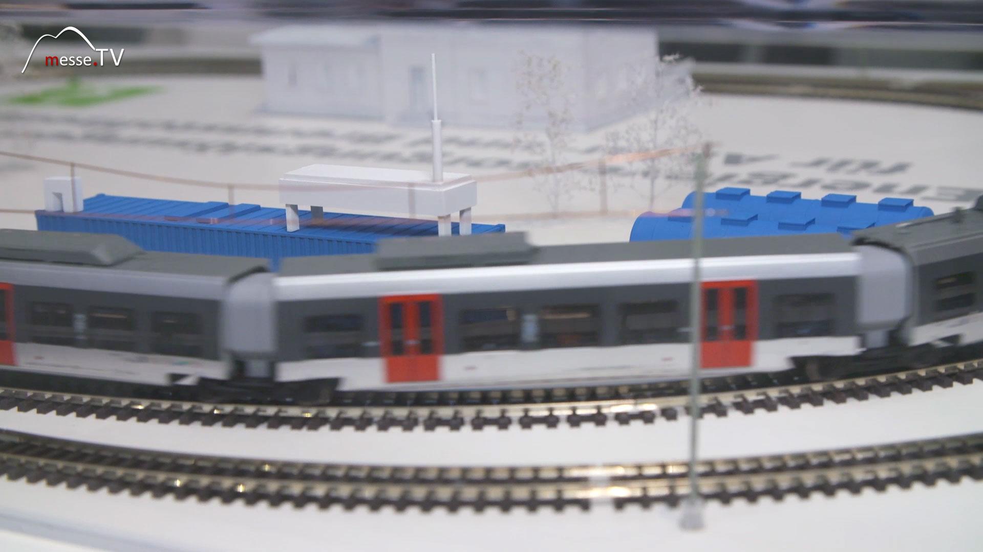 Deutsche Bahn: DB NETZE - Zug mit Wasserstoffantrieb