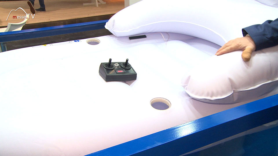 Imtech iMatJet Poolchair mit Elektroantrieb und Fernsteuerung