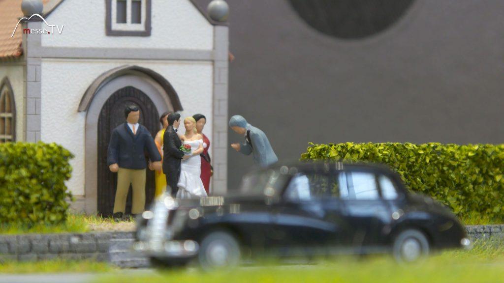 Noch Modellbau Hochzeitsgesellschaft mit Hochzeitsmarsch