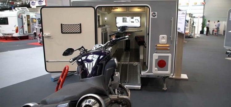 Camping-Service Neuhaus Wohnwagen Mitnahme Motorrad