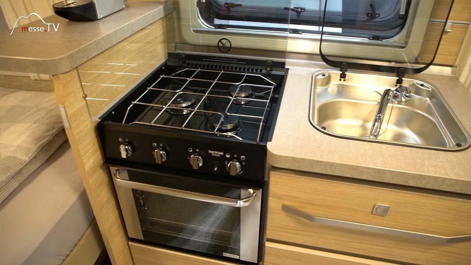 Fendt Caravan Wohnwagen Küche mit Ofen und Spüle